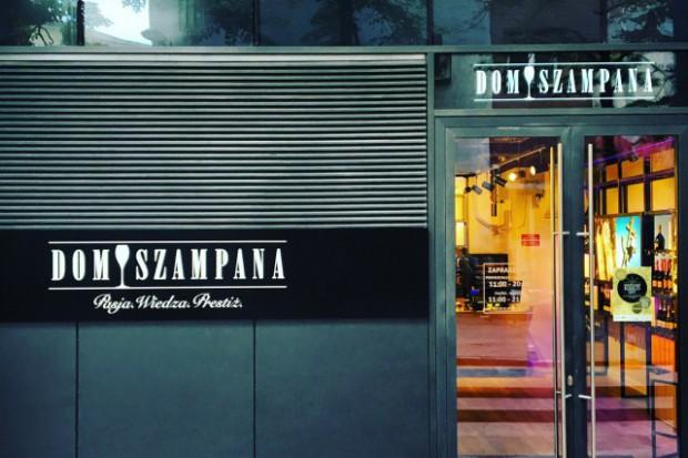 Dom Szampana z flagowym butikiem w Warszawie
