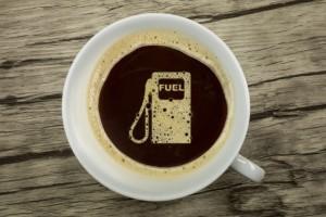 Prawie 70 proc. Polaków kupuje kawę na stacjach benzynowych (video)