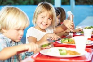 NIK skontrolował żywienie dzieci w szkołach (raport)