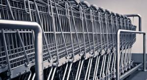 Państwa europejskie rezygnują z zakazu handlu w niedziele (raport)