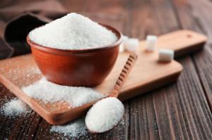 Ekspert: słodzimy mniej, ale spożywamy więcej cukru