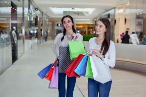 Centra handlowe w Polsce wciąż są kojarzone głównie z zakupami
