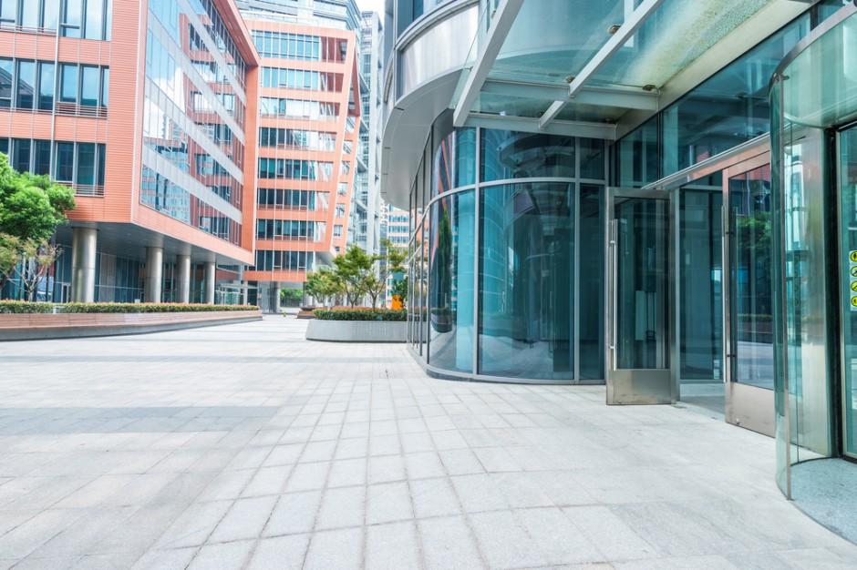 Wzrosła wartość transakcji inwestycyjnych na rynkach nieruchomości komercyjnych