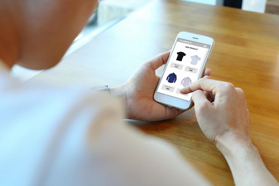 Polacy szukają informacji o produktach w internecie, a potem kupują w sklepie stacjonarnym