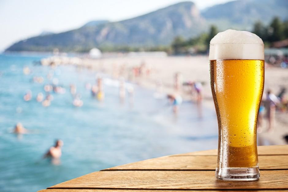 Piwo i lody przegrały z pogodą. Sezonowe branże na minusie