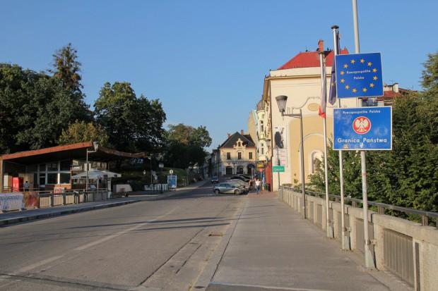 MSWiA: zawieszenie małego ruchu granicznego z Rosją ze względów bezpieczeństwa