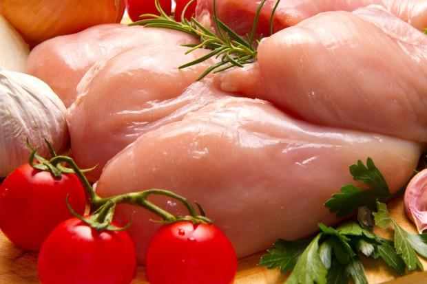 IERiGŻ: Grypa ptaków spowolniła przyrost eksportu drobiu