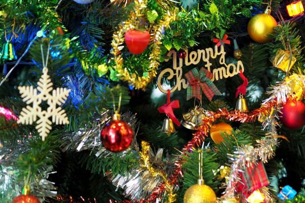 Sieci handlowe już świętują Boże Narodzenie