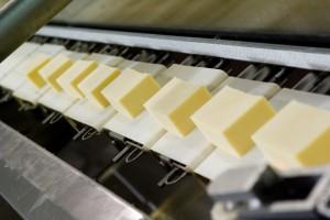 Francja: W supermarketach brakuje masła