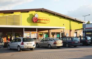 Biedronka: W większości naszych sklepów jajka są dostępne w sprzedaży