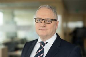 Prezes Carlsberg Polska o dużych spadkach na rynku, trudnym sezonie i pomysłach regulacyjnych dla branży (wywiad)