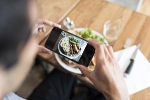Brytyjska restauracja zakazała gościom fotografowania dań