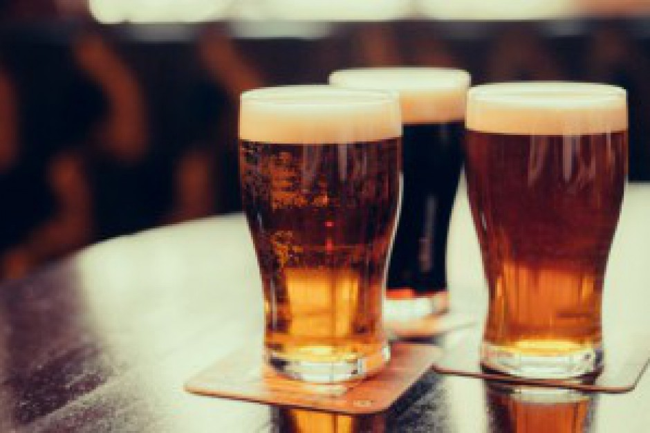 Rząd chce zmniejszyć akcyzę na piwa z małych browarów