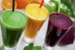 Polacy piją coraz więcej soków