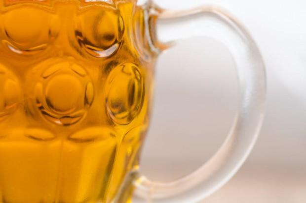 Gemius: Spoty promujące piwo stanowią niewiele ponad 5 proc. wszystkich reklam wideo w Internecie