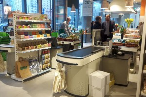 Zdjęcie numer 1 - galeria: Do największego w Polsce marketu ekologicznego produkty dostarcza ponad 100 dostawców (galeria zdjęć)