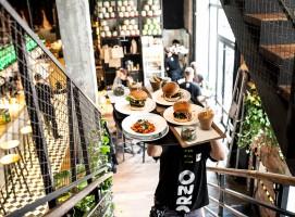 Orzo następca Aioli na Placu Konstytucji – wywiad z współwłaścicielami nowej restauracji