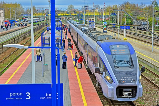 PKP Intercity: Więcej pociągów i nowych połączeń w sezonie 2017/2018