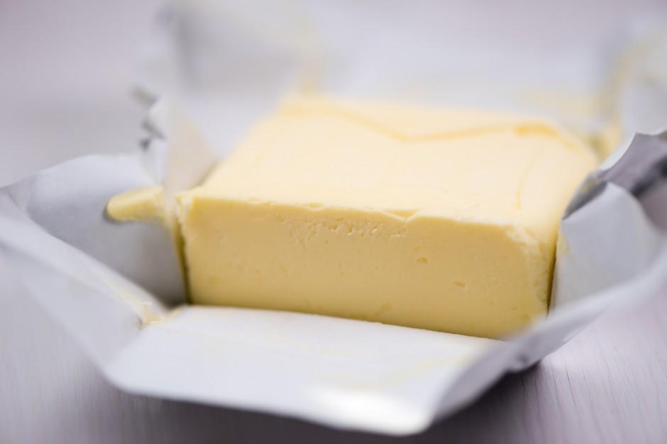 Wysokie ceny masła nie rozwiązują problemów mleczarzy