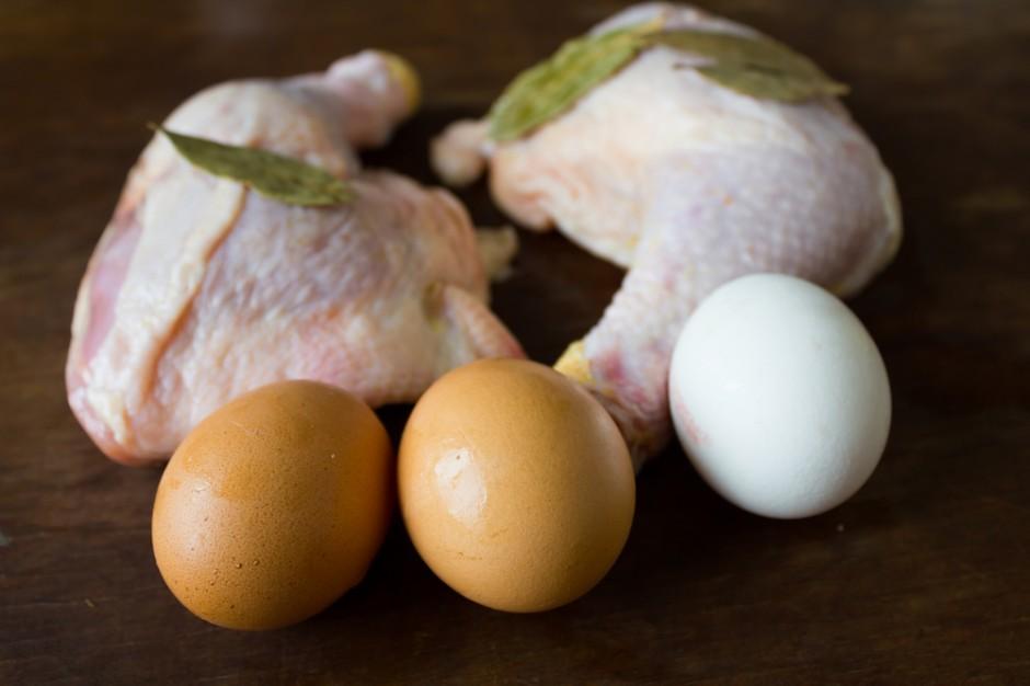 Jaja na unijnym rynku droższe od kurczaków