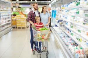DNB o rynku retail: Dominującą pozycję w przychodach zachowają hiper- i supermarkety