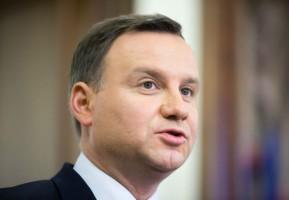 Prezydent: Polacy przyzwyczają się do zakazu handlu w niedziele