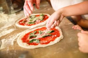 Włosi zebrali 2 mln podpisów, by sztukę wypieku pizzy wpisać na listę UNESCO