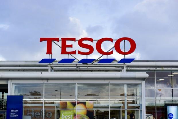 Analitycy o Tesco: Sieć potrzebuje rewitalizacji swojej strategii handlowej