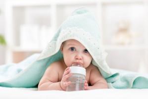 Jak przekonać dzieci do picia wody?