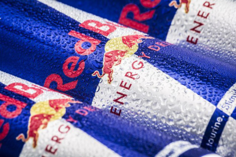 Unijny sąd: Red Bull nie może zastrzec kolorów na puszkach