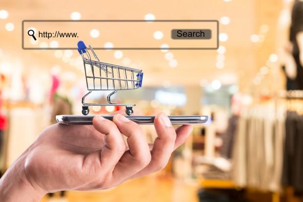 Koszyk cen e-sklepów: Za 50 produktów zapłacimy od 265 do 292 zł