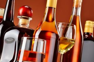 Piwo i cydr tracą, a whisky zyskuje
