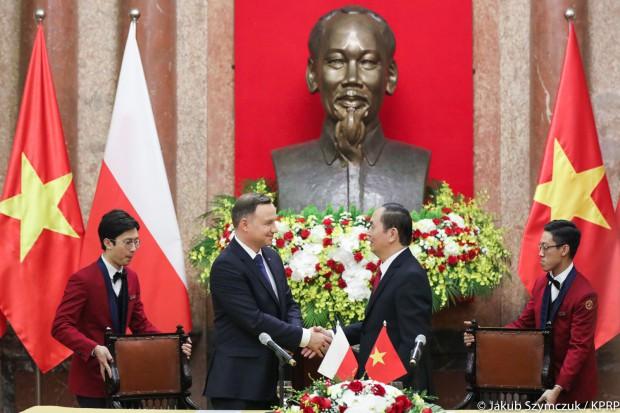 Cedrob na misji gospodarczej w Wietnamie z Andrzejem Dudą