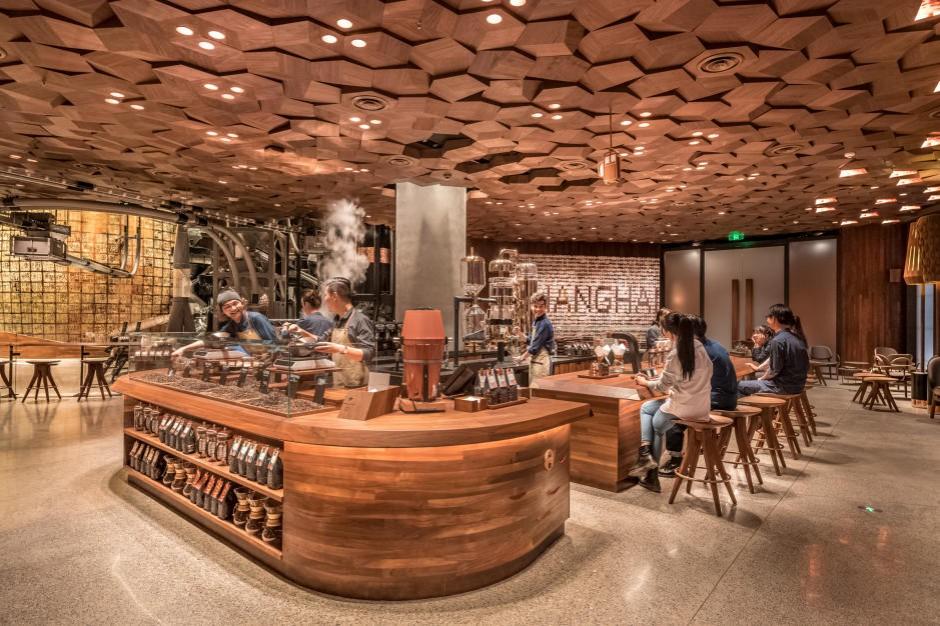 Starbucks otworzył w Chinach największą kawiarnię