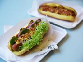 Zdjęcie numer 1 - galeria: Krowarzywa wprowadziła bowle, wrapy i hot dogi