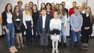 SuperDrob przyznał stypendia dzieciom pracowników