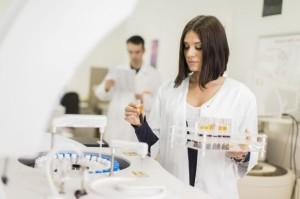 Niepokojący wzrost liczby przypadków zakażenia salmonellą