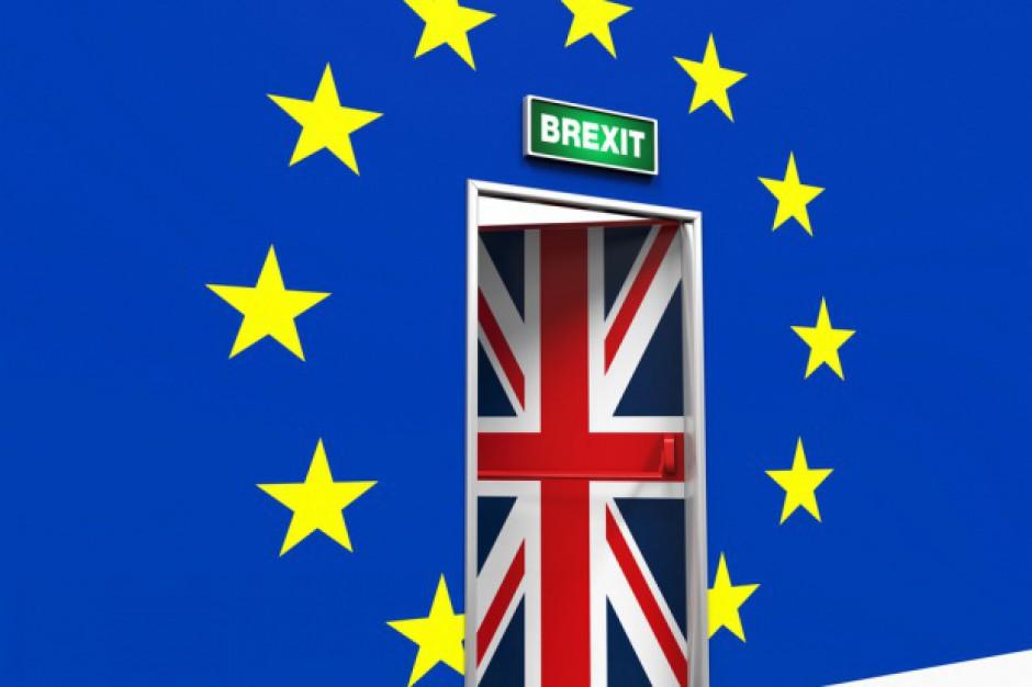 Porażka premier May w parlamentarnym głosowaniu w sprawie Brexitu