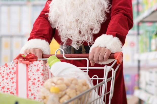 Polacy nie lubią zakupów prezentów świątecznych z powodu tłoku w sklepach
