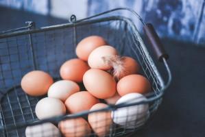 Silny popyt zagraniczny wydrenował polski rynek jaj