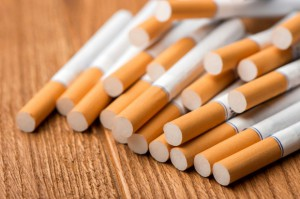 KAS: udaremniono nielegalny wwóz blisko 100 tys. szt. papierosów