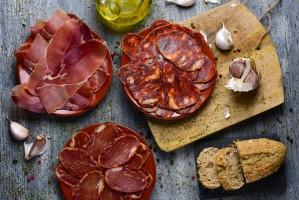 Hiszpania: Rośnie popularność podróży śladami szynki