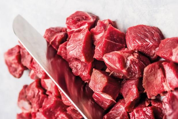 Trudna miłość branży mięsnej i sieci handlowych