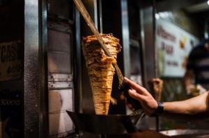 Szwajcarzy wysłali kebab w kosmos