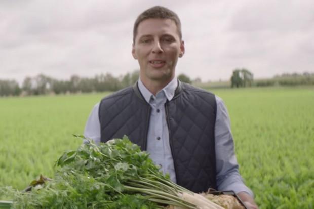 Lidl reklamuje sieć dostawcami warzyw i owoców