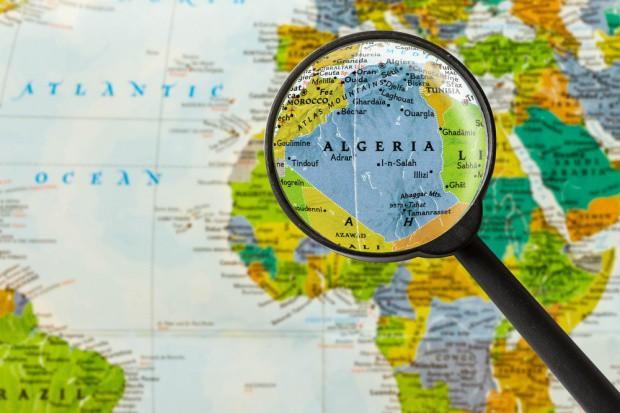 Algieria wstrzymuje import ponad 500 produktów rolno-spożywczych