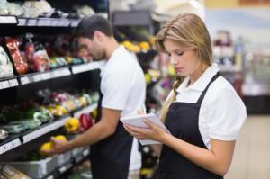 Nocne zmiany w sklepach - czy to zgodne z prawem?