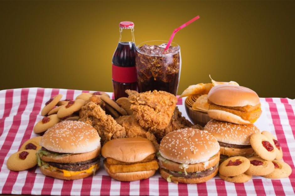 Jaki VAT na fast food?