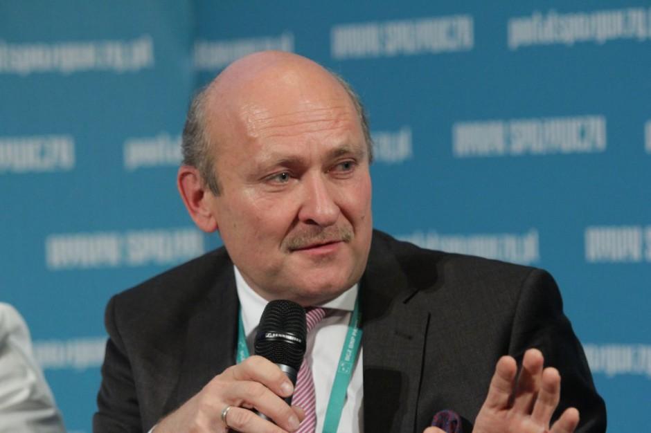 Robert Krzak: Proces sprzedaży i wycofywania się sieci handlowych przyspiesza lawinowo