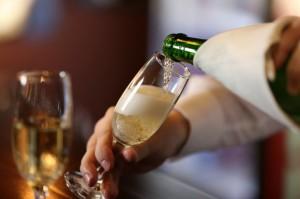 Wina musujące o wartości ponad 33,5 mln euro sprowadzono do Polski w 2017r.